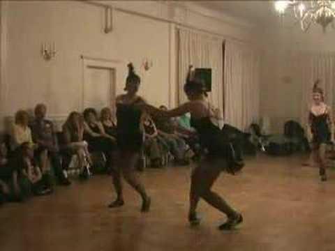 """Chester's Cool Kittens perform to """"Les Tripletts de Belleviile at a Poughkeepsie dance venue. - Got2Lindy.com"""